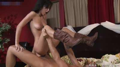 Read more about the article April oneil getting dicked deeply ( best with sound ! ) Nude tiktok